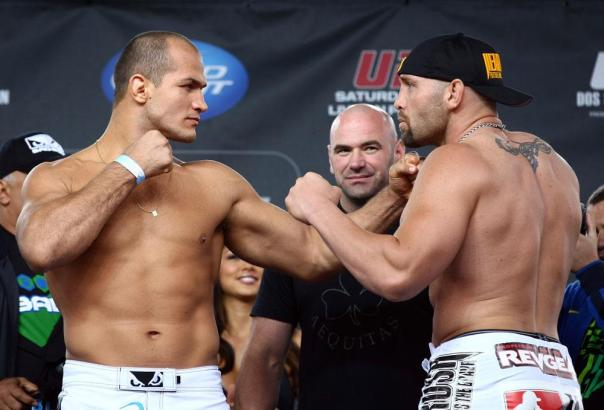 Junior Dos Santos and Shane Carwin UFC 131