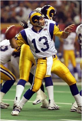 Kurt Warner Threw for a Record 414 Yards in Super Bowl XXXIV