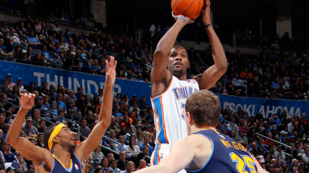 Kevin Durant Scores 51 Against the Denver Nuggets