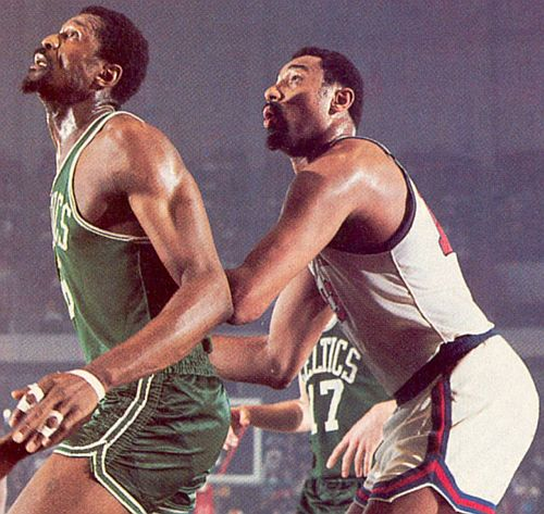 Wilt Chamberlain (r.) and Bill Russell - The Greatest Rebounders In NBA History