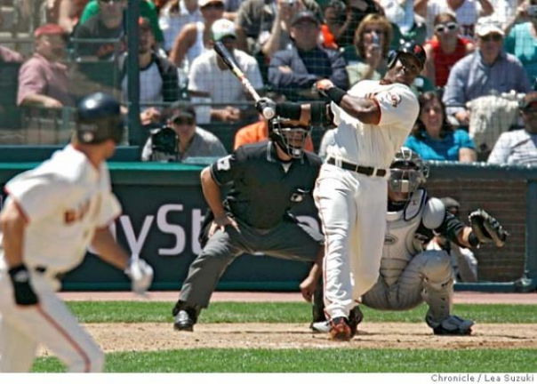 Barry Bonds Hits Home Run No. 715 To Become The All-Time Lefty Leader