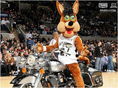 San Antonio Spurs Mascot The Coyote