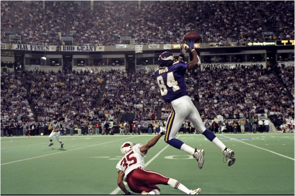 Randy Moss Had 17 Receiving Touchdowns His Rookie Season